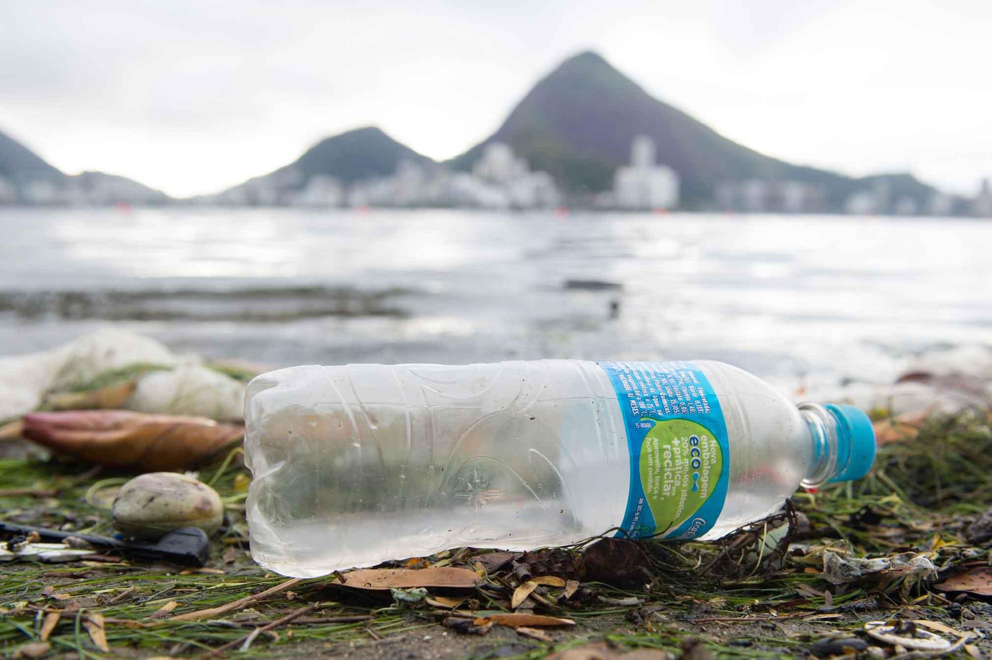 Ministério do Meio Ambiente combate a poluição marítima