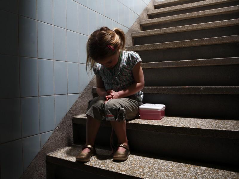 Brasil possui dados chocantes sobre violência sexual contra meninas