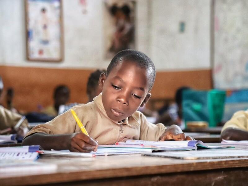 Por uma educação antirracista: webinar discute o papel da escola no combate à discriminação racial