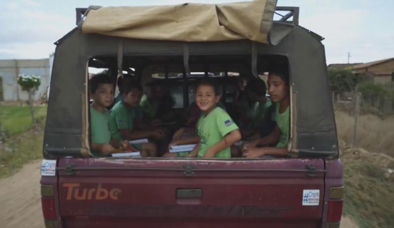 Crianças que participam do Verde Vida, na zona rural do Crato - sertão do Ceará. (Foto: Divulgação)