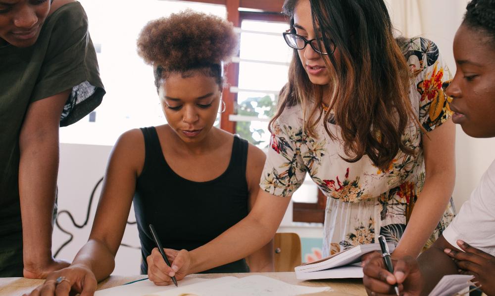 avaliação de programas socioeducacionais